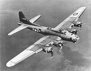 b-17_on_bomb_run