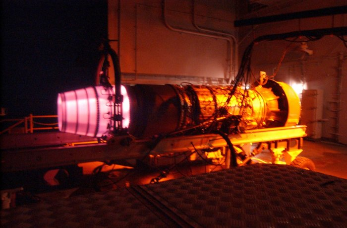 jet engine in test bed